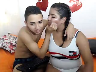Super nice chubby booty shakes Latin Woman Webcam