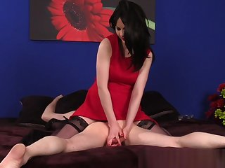 Massage babe teasing sub client during CFNM