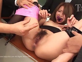Nana Otone - Japanese schoolgirl in gangbang in the lecture-hall