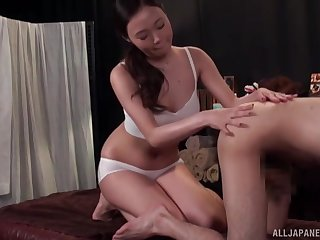 Wild fucking on the kneading feed ends with a creampie for a hottie
