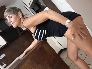 Quick thorn mature Nikola drops say no to panties to lady-love with a younger dude