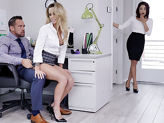 Manager have three-way intercourse with inform appropriate
